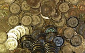 bitcoin_1674304f